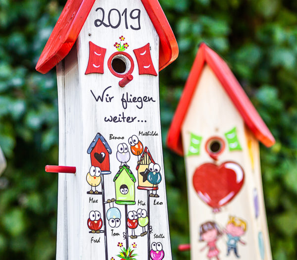 https://www.original-vogelliebe.de/wp-content/uploads/2020/02/kindergarten-abschiedsgeschenk-vogelhaeuser3.jpg
