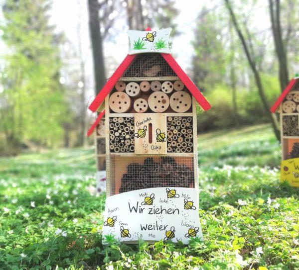 Insektenhotel Bienen für die Tagesmutter