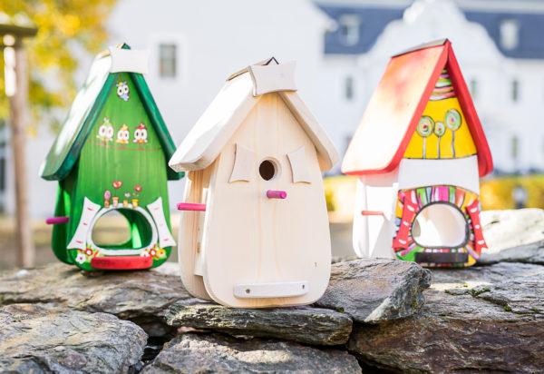 Vogelhaus Vogelvilla Bausatz selber bemalen mit Kinder