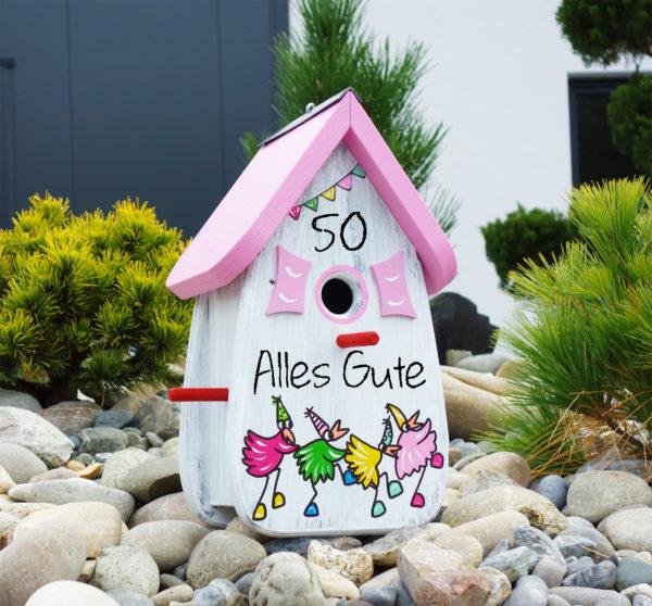 Vogelhaus, Nistkasten aus Holz handbemalt mit Schrift und Motiven als Geschenk