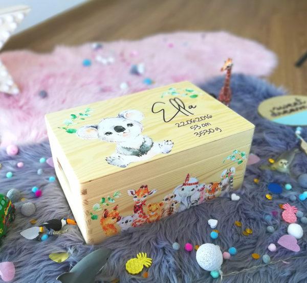 Erinnerungskiste Erinnerungsbox Dschungel Boho Geschenk zur Taufe und Geburt mit Name und Geburtsdatum