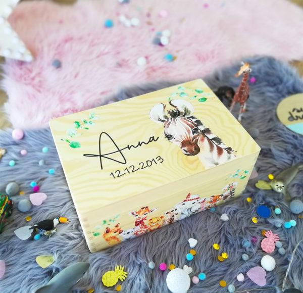 personalisierte Erinnerungskiste Erinnerungsbox Dschungel Boho Geschenk zur Taufe und Geburt mit Name und Geburtsdatum