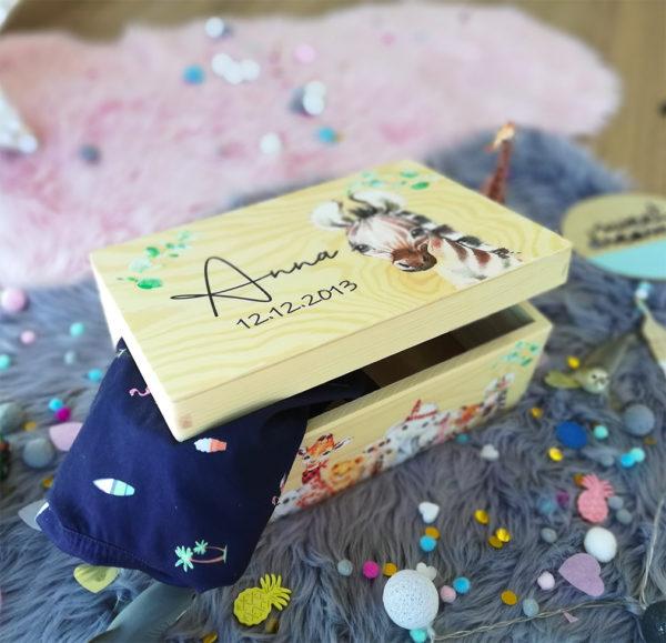 personalisierte Erinnerungskiste Erinnerungsbox Dschungel Boho Geschenk zur Taufe und Geburt