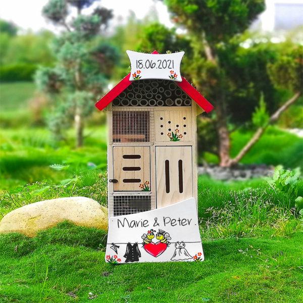 Insektenhotel Hochzeit personalisiertes Hochzeitsgeschenk
